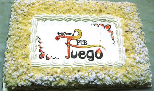 Flockentorte zur Eröffnung Pub Fuego Bäckerei Burgauner