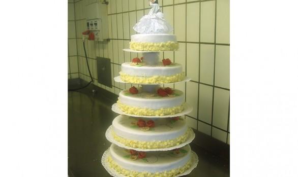5stöckige Hochzeitstorte Bäckerei Burgauner