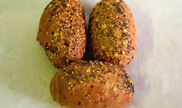 Saatenbrötchen Bäckerei Burgauner
